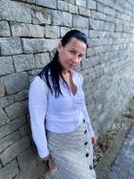 Laura (X.) +3670-515-9305 szakszerű gyógymasszázs pedikür