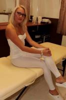Niki gyògymasszázsa és relax masszázsa +3620-426-3169